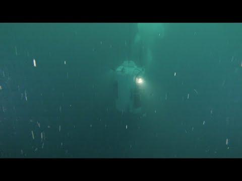 Deep Diving Bell Descent
