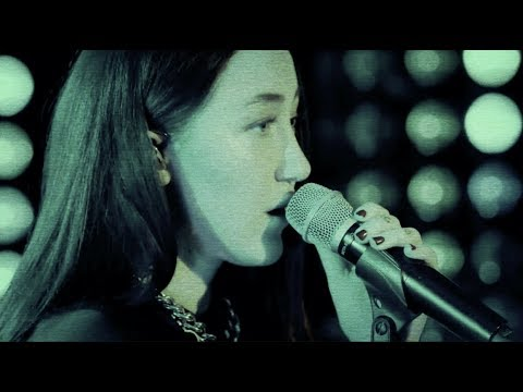 Alan Walker- All Falls Down Live (Stripped Down Version w/ Noah Cyrus & Juliander)