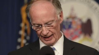 More recordings of Alabama Governor Robert Bentley making sexually suggestive remarks