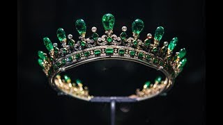 Top 10 Beautiful and Expensive Tiara Collection In The World