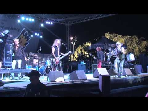 Once Bitten Twice Shy -  Jack Russell's Great White - LIVE In Oakdale - musicUcansee.com