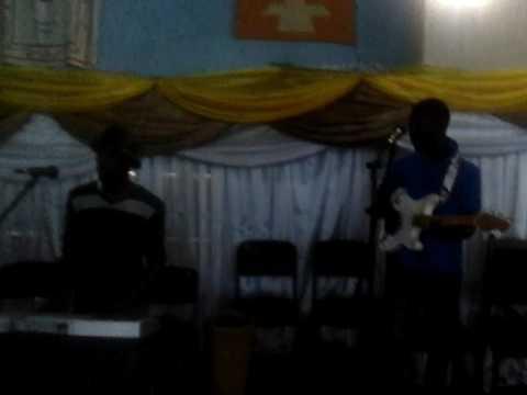 Ernest Nhedzi playing chengetai mai nababa