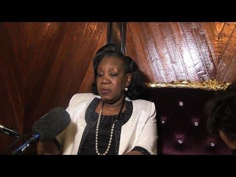La présidente centrafricaine demande à la France de rester