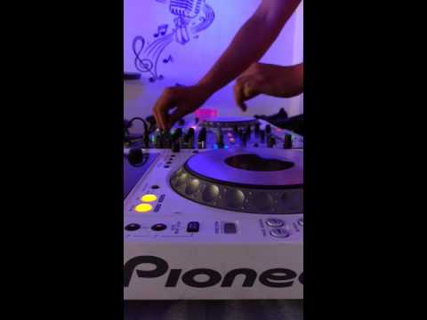 Jhonaz JONES - 113 bmp