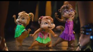 Video The Chipmunks have a competition about dancing with the girl, and the mouse finally won download MP3, 3GP, MP4, WEBM, AVI, FLV Agustus 2018