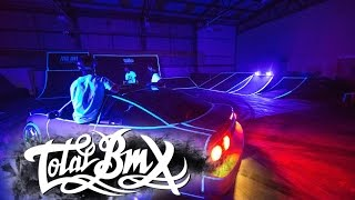 UV/ Blacklight - BMX V's Drift