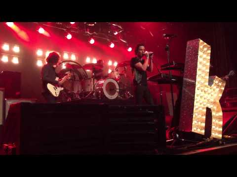 Finding Out True Love Is Blind (Louis XIV) - The Killers w/ Brian Karscig (San Diego, 9.19.2015)