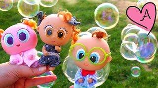 Burbujas de jabón para jugar con los bebes Muñecas y juguetes con Andre para niñas y niños