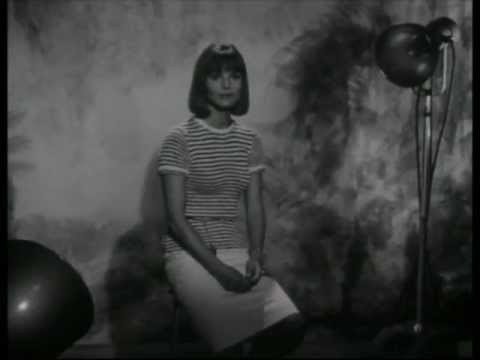 Elsa Martinelli - Interview (1964)
