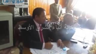 محافظ شمال سيناء يبحث سد العجز فى مدارس العريش