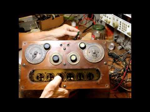 RESTORING A 1926 RADIOLA 26 RADIO
