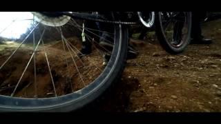 Прыжки на велосипеде(Это просто тренировочное видео, но мне оно нравится!, 2017-01-04T09:32:48.000Z)