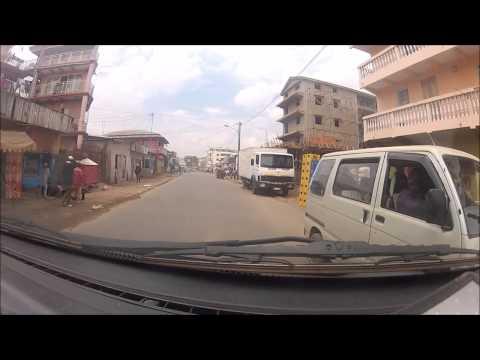 driving through madagascar towns