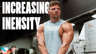 BEST SPLIT TRAINING EVER !!! - CHEST, ARMS & SHOULDERS