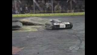 [Battlebots 2.0] The Crusher vs Beta Raptor [Full Version HQ]