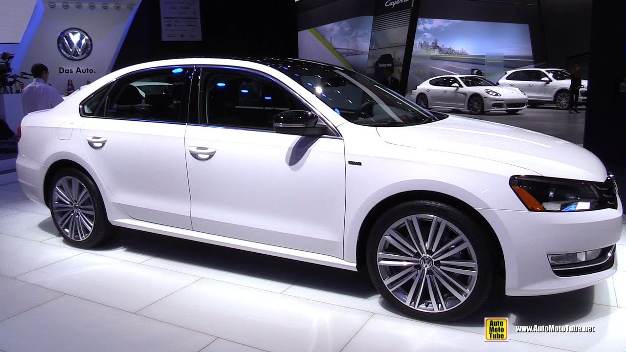2015 volkswagen passat sport tsi se exterior and interior walkaround 2015 detroit auto show. Black Bedroom Furniture Sets. Home Design Ideas