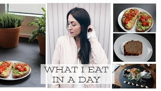 WHAT I EAT IN A DAY // WINTEREDITION 2018 (VEGAN ABWANDELBAR)