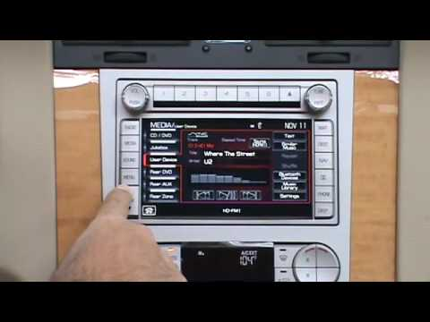 HD Radio & iPod Operation in a 2010 Lincoln Navigator