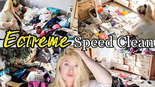 HOARDERS! EXTREME SPEED CLEAN! CLEANING, DECLUTTERING AND ORGANIZING! LIVING WITH CAMBRIEA