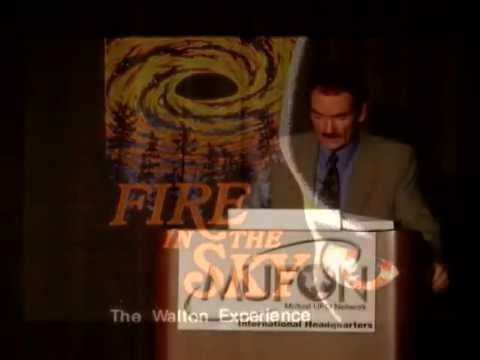 Travis Walton tells of his alien abduction experience