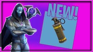 """NEW FINAL FIGHT & """"Stinky Bomb"""" Clips in Fortnite Battle Royale! (Decent Builder but Trash Player)"""
