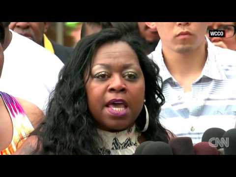 philando castile protest -  acquitted - officer who shot philando castile -  philando castile mom
