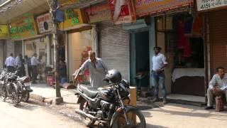 Bicycle rickshaw ride near Jama Masjid, Delhi, India, 2016-03-09