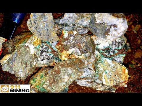 We Found High Grade Polymetallic Massive Sulfide Ore In A Mine Dump!