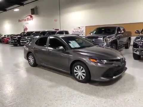 NEW  Toyota Camry Hybrid LE Walk Around