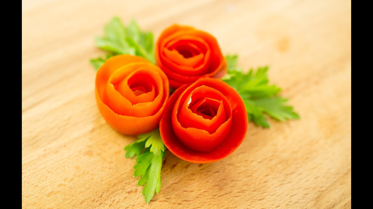 How to make tomato rose garnish youtube for Decoration definition