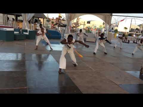 ABRAÇAÊ-Capoeira Mozambique