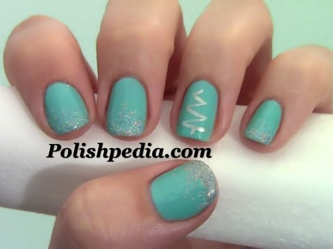 Simple Christmas Tree Nail Design - Simple Christmas Tree Nail Design - YouTube