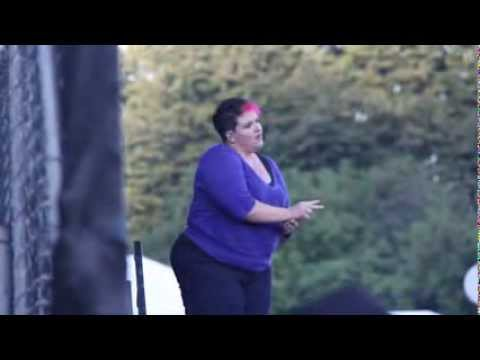 Sign language interpreter for Kendrick Lamar  Fuckin Problems At Lollapalooza