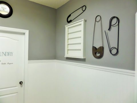 DIY: Laundry Room Makeover { Beadboard Paintable Wallpaper}