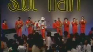 Johnny Guitar Watson -  Tarzan (Soul Train 1977)
