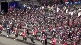 Royal Edinburgh Tattoo 2014 - Scotland the Brave Bagpipe and Drum Procession - End Performance