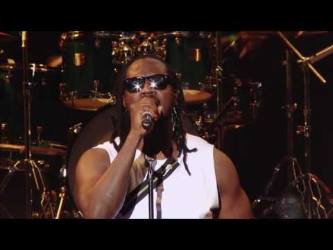 "BEBE COOL -FREEDOM ""Live Stage Performance"""