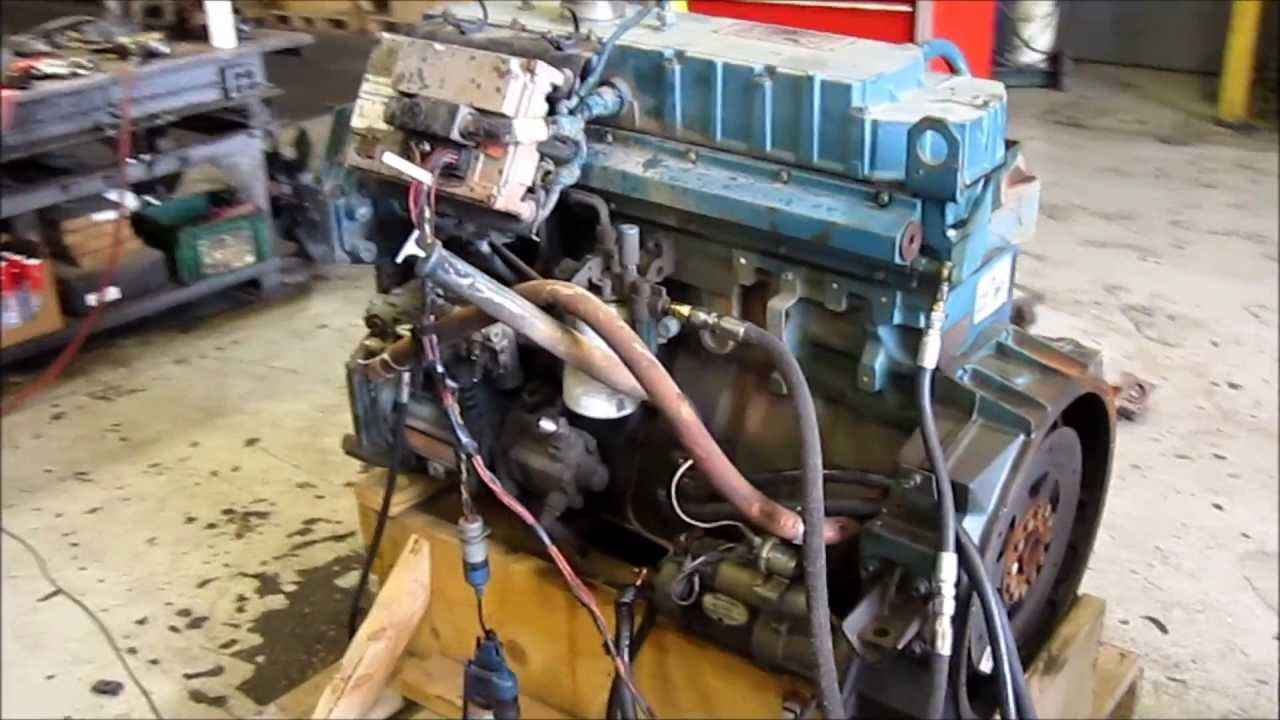 1998 International DT466E Engine Running
