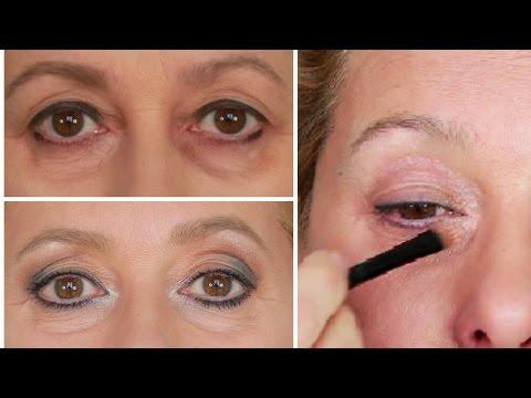 Borse sotto gli occhi? Come nasconderle con il make up. Anche per over 50