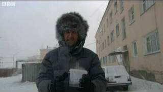 Hot water turns to snow in the world s coldest place: a cool trick at -40C - BBC World News