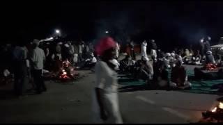 : बेनतीजा रही किसानों व प्रशासन की वार्ता, रातभर सड़कों पर रहेगा डेरा