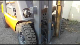 Вилочный погрузчик Toyota FG 2000 кг Газ/Бензин(, 2015-11-06T01:42:56.000Z)