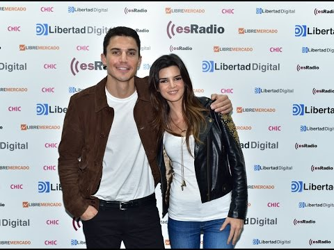 Entrevista a Clara Lago y Álex González por 'Órbita 9'