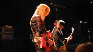 "Lita Ford -""BACK TO THE CAVE"" -"