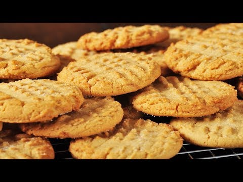 Peanut Butter Cookies Recipe Demonstration - Joyofbaking.com