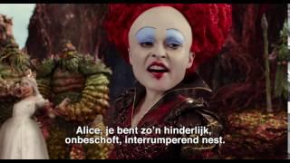 Kijk Red Queen filmpje