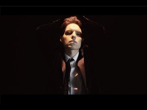 感覚ピエロ『疑問疑答』 Official Music Video(映画「22年目の告白-私が殺人犯です-」主題歌)