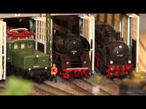 HO scale modular model train show with sexy scenery