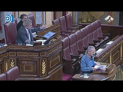 Posada expulsa a Sabino Cuadra de la tribuna del Congreso por no retirar su ofensa a la Constitución