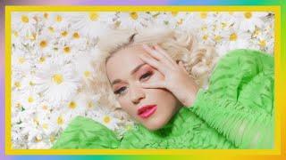 Baixar Katy Perry - Smile (Music Video Remix)